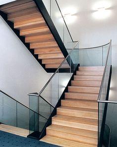 geschlossene treppe mit podest - Google-Suche