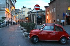 An old #Fiat500 in #Rome's #JewishGhetto