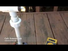 How to build a Simple Backyard Wind Turbine DIY Project is detailed in a step by step tutorial. A turbine creates power from wind, saving energy. Solar Power Facts, Solar Power Energy, Solar Energy System, Go Green, Solar Generator, Solar Water Heater, Energy Projects, Diy Projects, Best Solar Panels