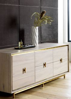101 Modern Home Accessories Ideas For Beautiful Interior Design - Were you aware that you could fill your home with decorative home accessories, giving the appearance of antiques but without the price tag? Dining Room Sideboard, Modern Sideboard, Modern Dresser, Modern Buffet, Credenza, Dining Rooms, Low Dresser, Home Office Accessories, Wooden Bedroom