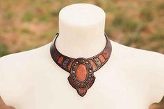 Aeris blau orange Leder Halskette