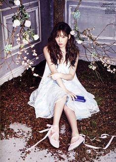 SNSD leader Kim Taeyeon in January 2014 issue of Ceci Magazine. Girls Generation, Girls' Generation Taeyeon, Sooyoung, Seohyun, Yuri, Taeyeon Fashion, Kpop Fashion, Korean Fashion, Little Girls