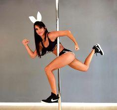 Conjunto Pole dance sport Preto Dance Tops, Pole Dance, Sensual, Running, Style, Hs Sports, Black, Racing, Keep Running