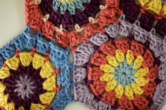 Crochet 9 Ways to Join Square Grannys ❥ 4U // hf