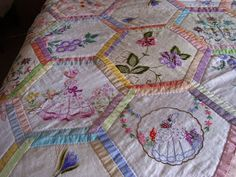 using vintage linens in a quilt Thoughts, Hexie, Vintage Linens Hexagons Quilts, Embroidered Linens, Vintage Embroidered, Things Shabby, Quilts Ideas, Embroidered Quilts, Embroidery Quilts