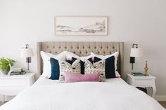 Adding new pillows to a space can refresh your space with out having to empty your wallet. The key is to make sure your pillows coordinate well together. We receive a lot of questions from our readers