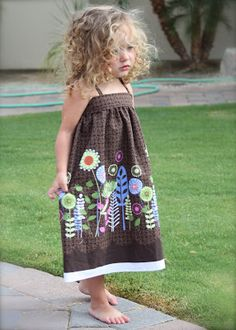 DIY border fabric sundress sewing tutorial finished via lilblueboo.com