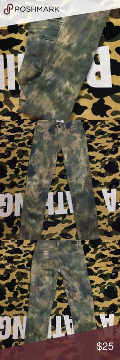 Paige Verdugo Ultra Echo Skinny Tie Dye Camo Paige Verdugo Ultra Skinny Echo Jeans  - Woodland Tie Dye Camo  there is some minor peeling/scruffs on the leg of the jeans, Please Refer to all the Pictures  Size 25  Measurements:   Waist - 12.5 (25) in  Rise - 7 in  Inseam - 25 in  Leg opening 4.5 in  Thank You for checking Out This Item, If there is any Questions about this item please do not hesitate to Message me  *Be sure to add other Items in my Closet to Your Bundle before you Checkout…
