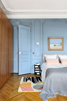 〚 Magnificent historic residence in Paris got a new life 〛 ◾ Photos ◾Ide. 〚 Magnificent historic residence in Paris got a new life 〛 ◾ Photos ◾Ideas◾ Design interior design Room Ideas Bedroom, Bedroom Decor, Living Room Decor, Blue Bedroom, Home Design, Home Interior Design, Interior Doors, Interior Lighting, Colorful Interior Design