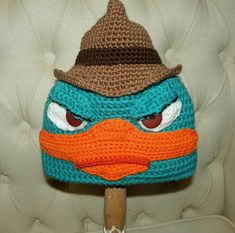 Platypus in a Fedora ( Agent Perry Inspired ) hat Free pattern - I enjoy watching Phineas and Ferb with my kids and Agent Perry is my favorite character. I love the bright colors and the fedora just adds a special touch to the hat. I consider this pattern to be EASY.