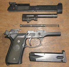 Beretta 92, Reloading Ammo, Spade, Kat Dennings, Airsoft, Firearms, Hand Guns, Diy And Crafts, Club