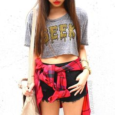 kkarmalove a #Flannel is the perfect way to go grunge #21DaysOfLA #Day6