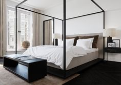 Contemporary bedroom
