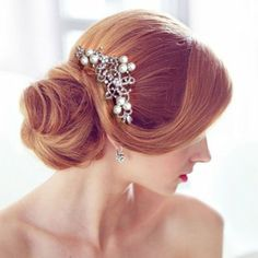 Amazon.com: Bridal Silver-Tone Flower Simulated Pearl Hair Comb Austrian Crystal Clear: Jewelry