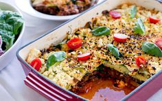 Over the past several years, the Paleo diet has become crazy popular. While I don't eat a paleo diet, it does have its benefits. Because a Paleo diet is high in good-for-you foods like quali… Paleo Lasagna, Gluten Free Lasagna, Veggie Lasagna, Veg Lasagne, Meatless Lasagna, Zucchini Lasagne, Eggplant Lasagna, Diet Recipes, Healthy Recipes