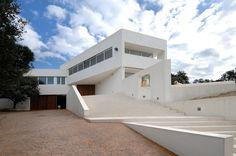 Vivienda en Valdemorillo (Madrid) | Otto Medem  + http://www.plataformaarquitectura.cl/cl/02-11533/casa-binimelis-barahona-polidura-talhouk