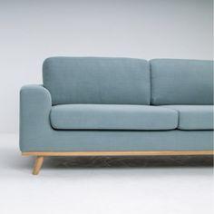 Canap� en lin L220 pieds en ch�ne Norway Arne Lykke - Bleu clair