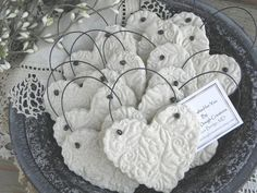 Wedding Favors / Baptism Napkin Rings Set of 10 Imprinted Heart Salt Dough Ornaments Simple and elegant, and so versatile! This listing is a Set of are not personalized but are imprinted Salt Dough Heart ornaments, with wire hanger. Clay Christmas Decorations, Diy Christmas Ornaments, Handmade Christmas, Holiday Crafts, Salt Dough Crafts, Salt Dough Ornaments, Clay Ornaments, Salt Dough Projects, Clay Projects