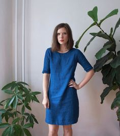 A versatile shift in a gorgeous indigo blue linen. Elbow-length sleeves can be bunched or rolled. Handmade from a heavyweight, indigo-dyed linen. Catelyn Stark, Indigo Blue, Wedding Dreams, White Tees, Sewing Tips, Frocks, Color Inspiration, Bridesmaids, Weather