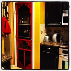 photo Basement Doors, Laundry Room Doors, House Color Schemes, House Colors, Screen Door Pantry, Pantry Makeover, Home Upgrades, White Doors, Home Hardware