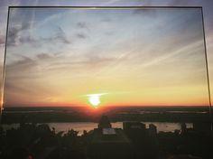 Un cuadrito #NYC #sunset #topoftherock #hudsonriver #andresharambour