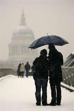London in the snow  www.languageandthecity.com