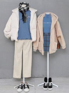 Korean Fashion – How to Dress up Korean Style – Designer Fashion Tips Fashion Couple, Cute Fashion, Look Fashion, Fashion Outfits, Fashion Design, Cute Casual Outfits, Pretty Outfits, Stylish Outfits, Rock Outfits
