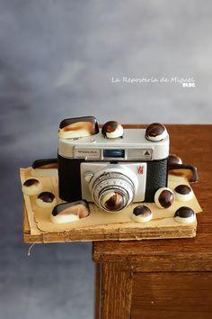 Bombones de Croissant y Ensaimada | La Repostería de Miguel Sweet Life, Delish, Healthy Living, Good Food, Cupcakes, Tableware, Croissant, Amazing Recipes, Bar
