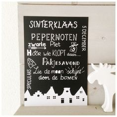 Poster handlettering Sinterklaas A4 zwart School Decorations, Halloween Decorations, Holiday Crafts, Christmas Diy, Bujo, Beautiful Lettering, Silhouette Cameo Projects, Chalkboard Art, Chalk Art