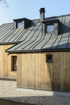 Image 2 of 26 from gallery of House / CUBE. Photograph by Alexandr Hudeček House Extensions, Metal Roof, Glamping, Cube, Shed, Construction, Outdoor Structures, Architecture, Gallery