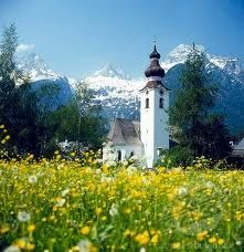 """Cute little chaple in Austria! I am so Dreaming, I would feel like I was in the movie """"Sound of Music"""" Love that movie The Beautiful Country, Beautiful Places, Places To Travel, Places To See, Travel Stuff, Chapelle, Adventure Awaits, Summer Travel, Alps"""