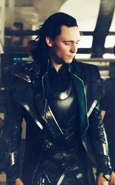 Loki. {tom hilddlston}. Sooo hot.