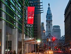 Pennsylvania Convention Center and City Hall in Philadelphia (Photo by M. Kennedy for GPTMC)