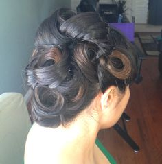 Vintage inspired hair by Lisa Leming on Vanessa http://lisaleming.com/blog/