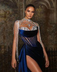 Bad Dresses, Event Dresses, Pretty Dresses, Fantasy Dress, Beautiful Gowns, Dream Dress, Look Fashion, Designer Dresses, Ball Gowns