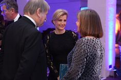 A wonderful evening @NSPCC #MerryLittleChristmas concert last night, celebrating 30 years of #Childline with Patron The Countess of Wessex 12/14/16