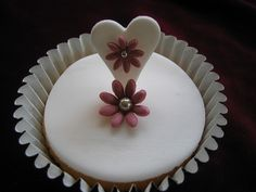 Sugar heart with blossom and matching flower | Flickr - Photo Sharing!
