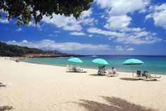 Hulopoe Beach on Lanai in Hawaii. Oracle CEO Larry Ellison has purchased 98 per cent of the island. Pacific Heights, Maui Travel, Imperial Palace, California Coast, Maui Hawaii, Hawaiian Islands, Greatest Adventure, Lanai, Tropical Paradise