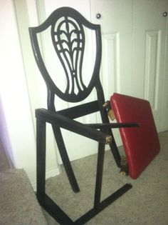 The Liars Chair... it is a funny story. As me about it sometime.