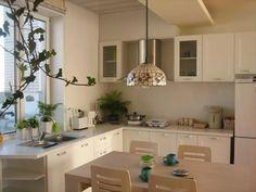 кухня с мойкой у окна фото интерьеров: 10 тыс изображений найдено в Яндекс.Картинках