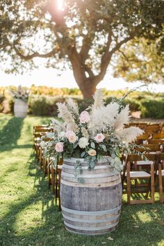 A California Wedding - Best California Wedding Locations From the Mountains to the Sea - Love It All Floral Wedding, Wedding Bouquets, Rustic Wedding, Wedding Flowers, 1920s Wedding, Dream Wedding, Wedding Locations California, California Wedding, California Wine