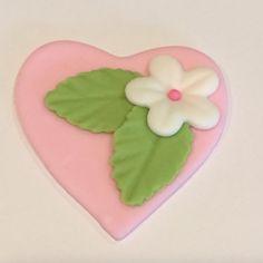 Edible fondant flower heart valentine's by SweetCreationByCarey