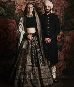 Based in Mumbai, Bridelan is a boutique bridal styling company that offers personal shopping, fashion styling and luxury consultancy services for South Asian and Indian weddings. Desi Wedding Dresses, Indian Wedding Outfits, Bridal Outfits, Indian Outfits, Ethnic Outfits, Indian Clothes, Party Outfits, Indian Weddings, Wedding Wear