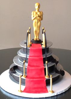 And the Oscar goes to 3 Women and an Oven decorators! www.3womendesserts.com