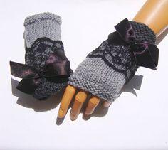 Grey half finger, handknit fingerless gloves with lace, girls knit grey gloves, knit grey armwarmer Knitting Patterns Fingerless Gloves Knitted, Crochet Gloves, Knit Mittens, Knit Crochet, Knit Lace, Crochet Books, Crochet Stitch, Grey Gloves, Lace Gloves