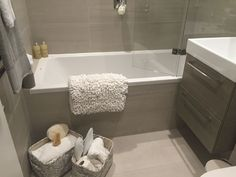 Beautiful new grey and cream bathroom with matching accessories in South Kensington, London. Kensington Apartment, London Accommodation, Cream Bathroom, Kensington London, Serviced Apartments, One Bedroom, Bathtub, Grey, Accessories