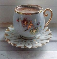 GIF by Mani Ivanov. Discover all images by Mani Ivanov. Good Morning Coffee Gif, Coffee Images, Coffee Illustration, Teapots And Cups, Teacups, Chocolate Coffee, Tea Accessories, Coffee Cafe, Tea Cup Saucer