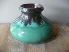 Wide Mouth Vase Vintage Green and Black Vase Vintage | Etsy Vintage Cups, Vintage Vases, Vintage Pottery, Vintage Tea, Vintage Green, Vintage Flowers, Etsy Vintage, Glazed Ceramic, Ceramic Vase
