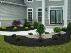 Large backyard landscaping ideas are quite many. However, for you to achieve the best landscaping for a large backyard you need to have a good design. Large Backyard Landscaping, Mulch Landscaping, Landscaping With Rocks, Modern Landscaping, Landscaping Ideas, Florida Landscaping, Modern Front Yard, Front Yard Design, Modern Entrance
