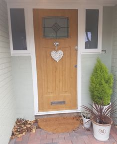An Irish Oak Newark with Bright Star glass. Front Door Steps, Oak Front Door, Front Door Porch, Porch Steps, Back Doors, House Front, House Entrance, Entrance Doors, Garage Doors